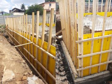 Cofrare pereti perimetrali demisol existent proiect de hala 240 mp