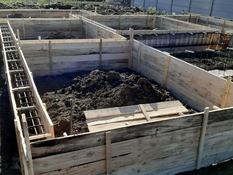 Constructie casa parter in Braila 120 mp cofrare si armare fundatie