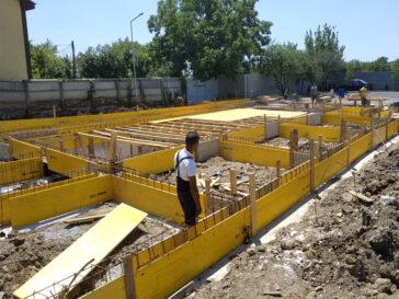 Proiect de hala 240 mp montaj armatura si cofrare grinzi fundatie